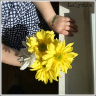 Easy Fine Motor Activities Using Fresh Flowers [Fine Motor Fridays]