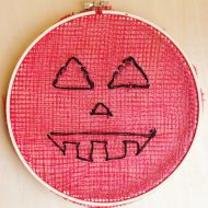 Embroidery Hoop Pumpkins Halloween Crafts