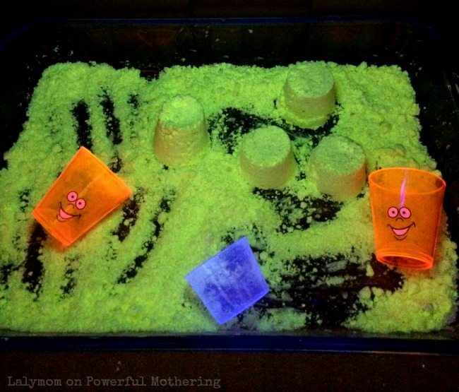 Super Cool Play Recipe for Glowing Taste Safe Cloud Dough - by Lalymom on Powerful Mothering.com - such a cool kids activity!