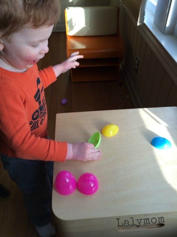 5 Easy Games Using Plastic Easter Eggs, Perfect for Easter Parties!