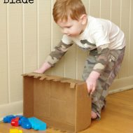 Cardboard Crafts – DIY Bulldozer Blade Toy