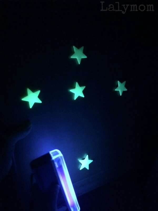 Glowing Star Magnets - Teaching the constellations to kids on Lalymom