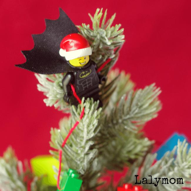 LEGO Christmas Batman Themed Mini Christmas Tree with LEGO Garland Tutorial