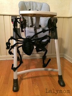 Easy spiderweb obstacle course for kids from Lalymom