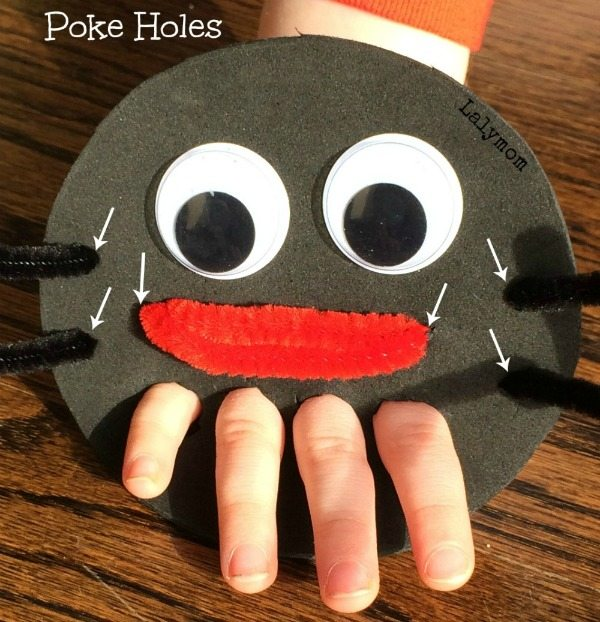 Eensie Weensie Spider Hand Puppet for FInger Articulation from Lalymom