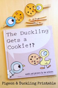 Mo Willems Duckling Gets a Cookies Activity featuring the Pigeon and the Duckling Free Printable on Lalymom.com. How cute is this!