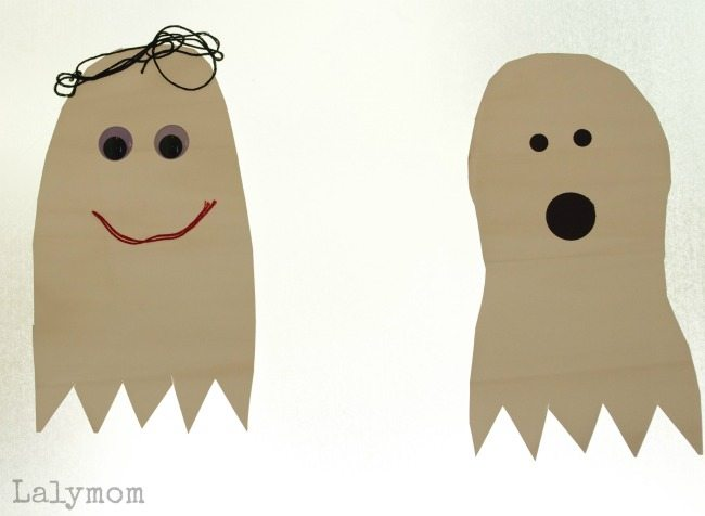 Front Door DIY Ghost Decorations- make them yourself or have the kids decorate these for Halloween