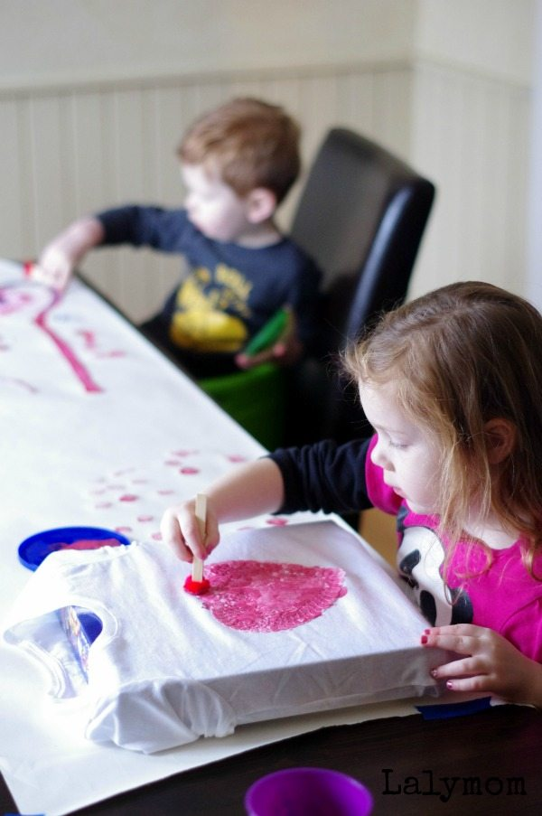 Kid-Made Valentine's Day T-shirt on Lalymom - Cute idea