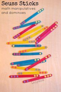 Dr. Seuss Basteleien - Seuss Sticks DIY Dominoes and Math Manipulatives