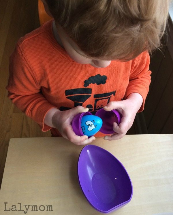 Nesting Eggs and Other Simple Fine Motor Games Using Plastic Easter Eggs on Lalymom.com