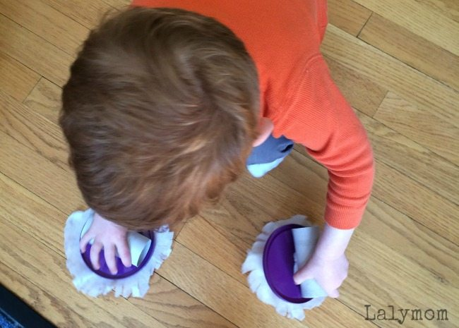 Recycled Crafts for Kids = Genius DIY Toys for Kids that REALLY Clean!