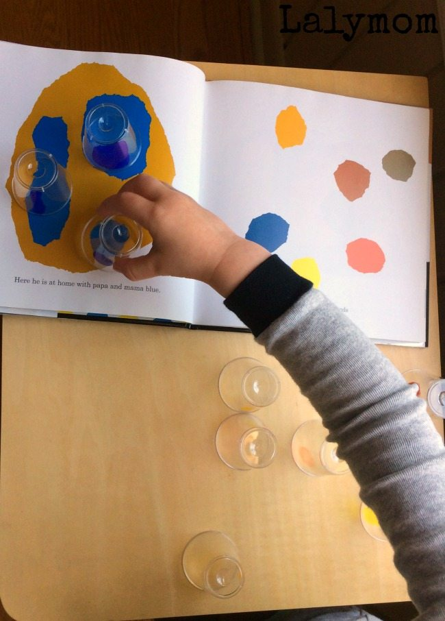 Leo Lionni Activities - Twisty Cups for Color Mixing with Little Blue Little Yellow. Check out all the Virtual Book Club for Kids Leo Lionni Ideas in this post!