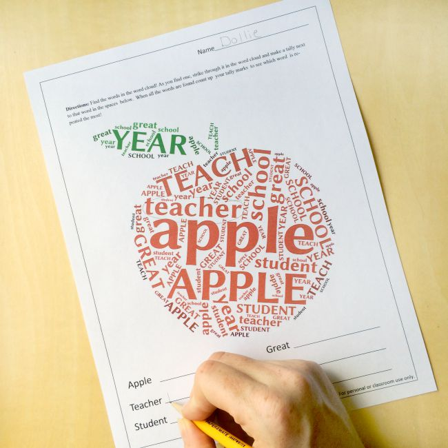BAck to School printables - apple word cloud pic