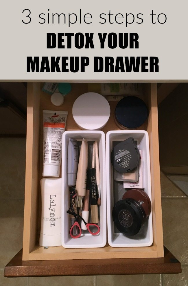 Free Cheat Sheet! 3 Simple Steps to Detox Your Makeup Drawer- Get rid of those harmful chemicals once and for all. Free printable to help!