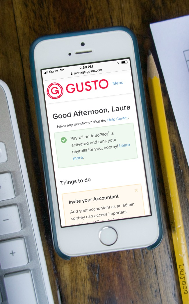 Gusto Payroll Services Review from a Small Business Perspective - As a blogger I use this company for my business. Come take a look and get 1 month free.