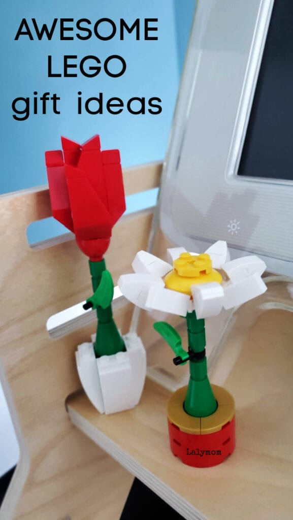 2 Flowers made of LEGO - perfect LEGO gifts!